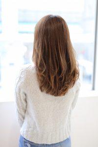 【afloat 世紀】髪型 小顔レイヤー ミルクティーベージュ SK-93
