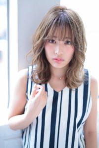 【afloat 世紀】髪型 ひし形外ハネミディ ミルクティーブラウン SK-114