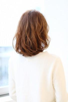 長め前髪のふんわりパーマボブMT-59