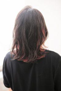 【HAPPINESS 河原町 世紀】髪型 モテかわいい切りっぱなしボブ インナーカラー SK-135