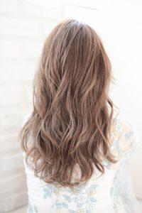 【HAPPINESS 河原町 世紀】髪型 大人かわいい小顔ミディアムラフウェーブ SK-134